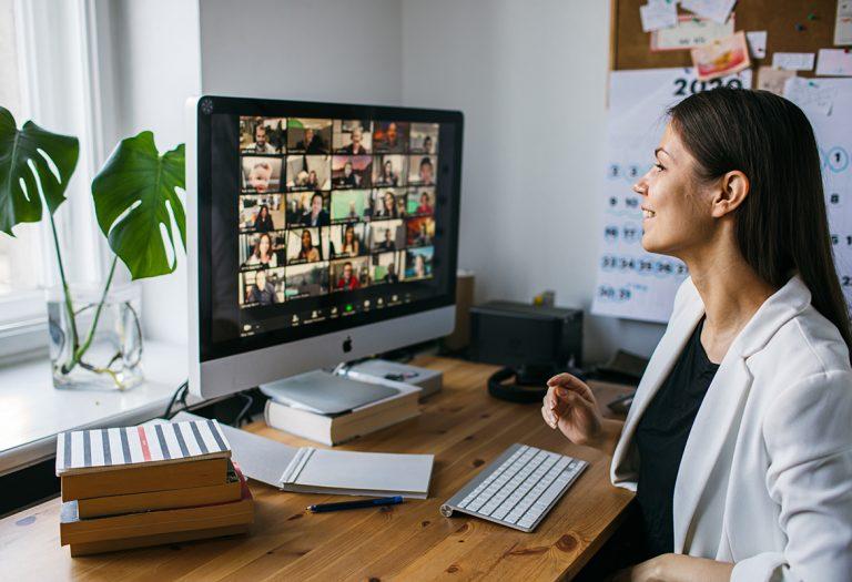 ¿Cómo adaptar la comunicación corporativa en un entorno de cambio?