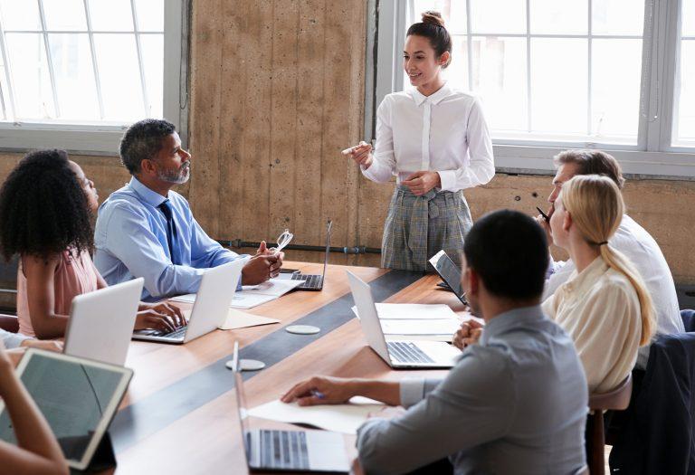5 características de un líder que promueve un liderazgo resiliente